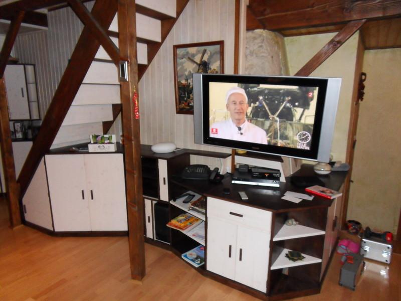 amenagement meuble sous escalier vercors literie. Black Bedroom Furniture Sets. Home Design Ideas
