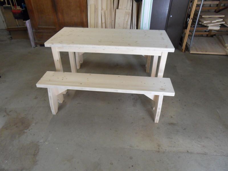 table et banc sur mesure vercors literie. Black Bedroom Furniture Sets. Home Design Ideas