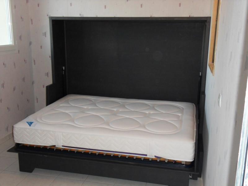 lit relevable horizontal avec banquette 3 vercors literie. Black Bedroom Furniture Sets. Home Design Ideas